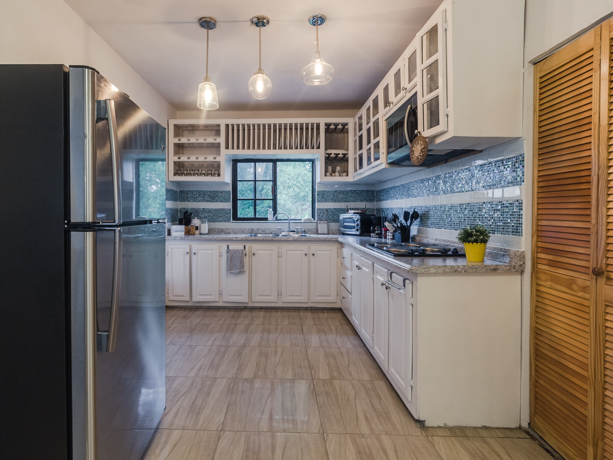 HTV Kitchen.jpg