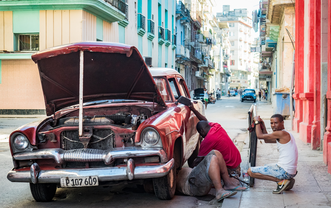 13-Santiago White_Yolanda_Roadside Repair a la Havana.jpg