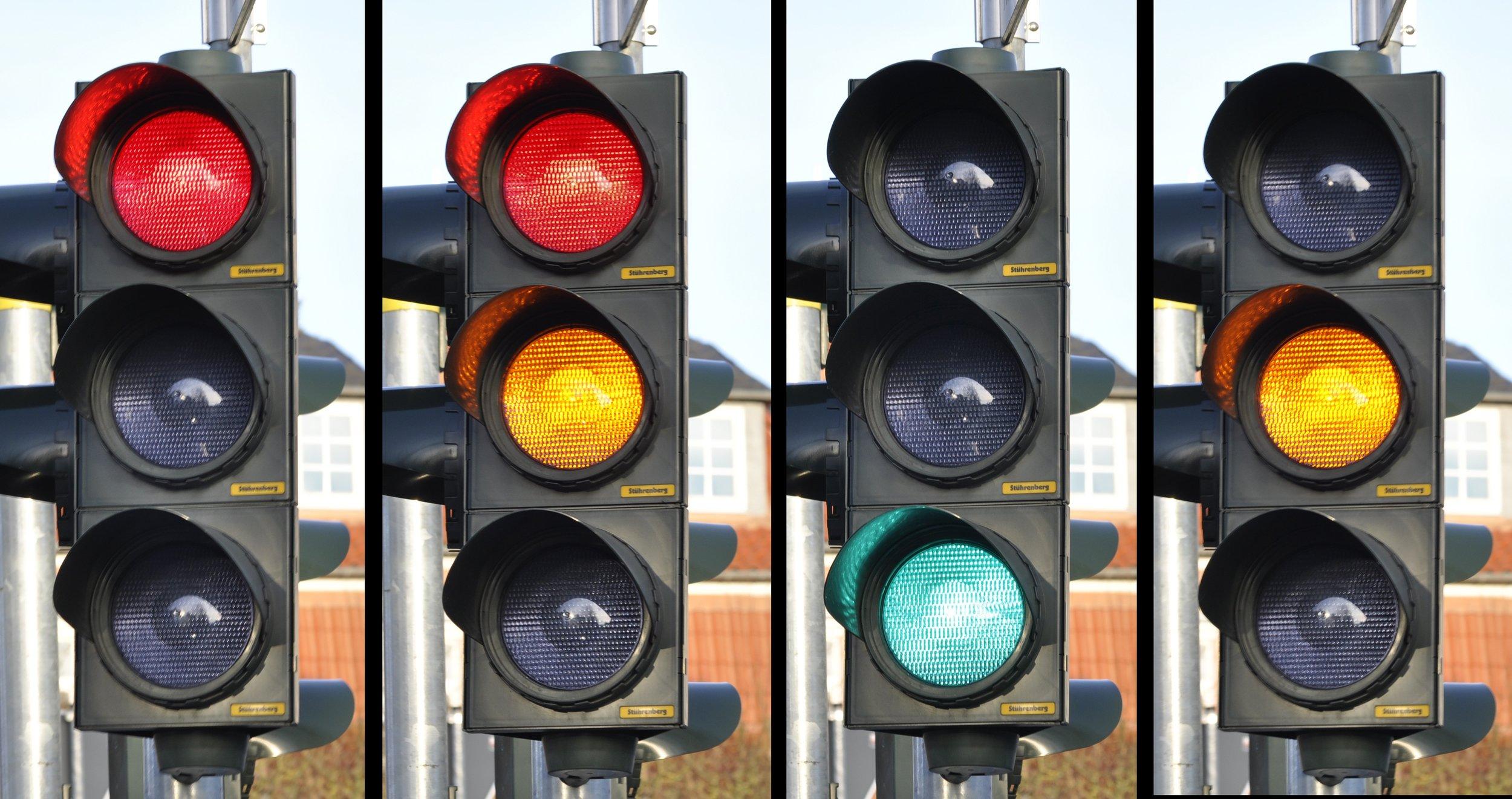 traffic-light-876056.jpg