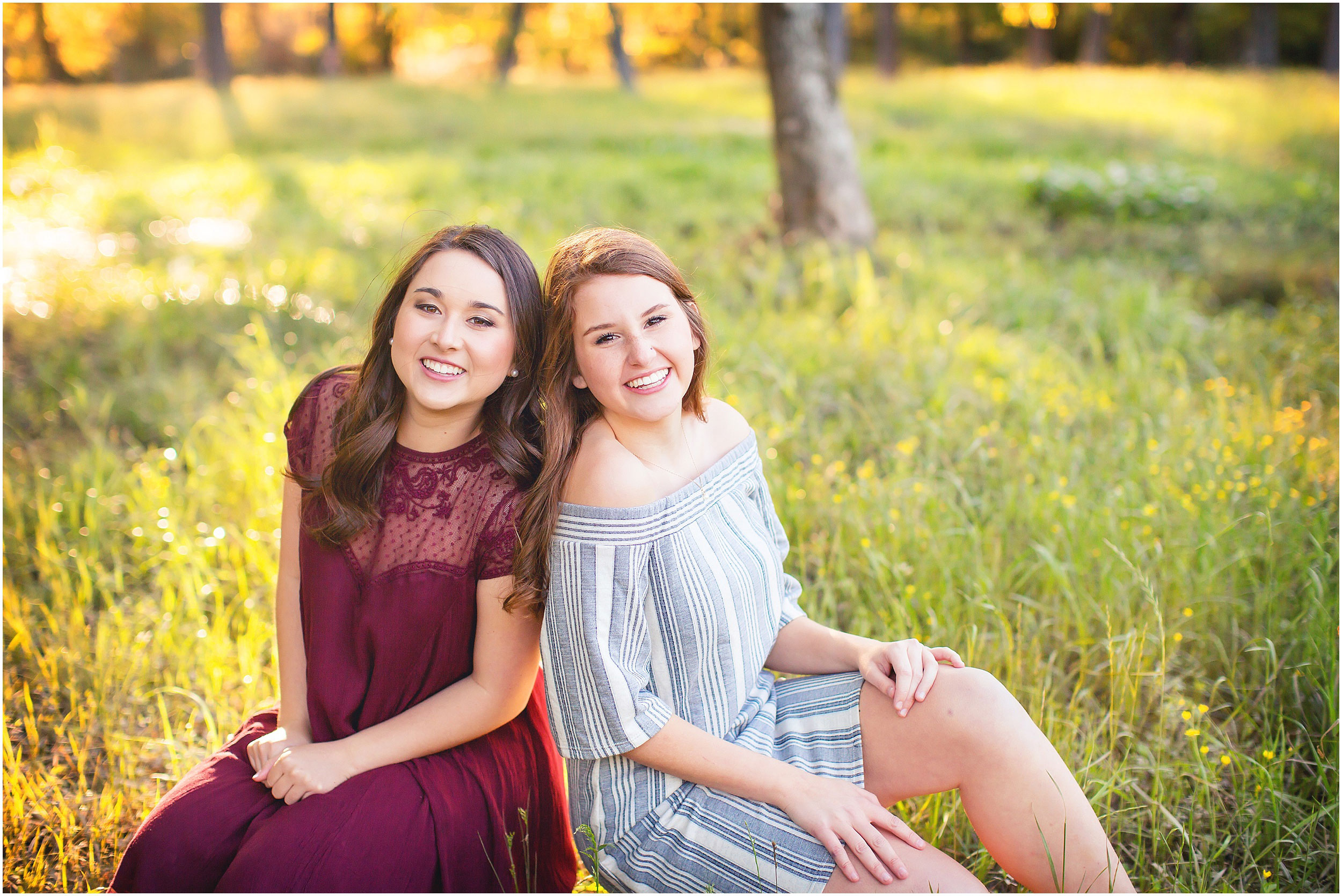 Outdoor photo shoot featuring high school seniors and best friends in The Woodlands, Texas by spryART photography.