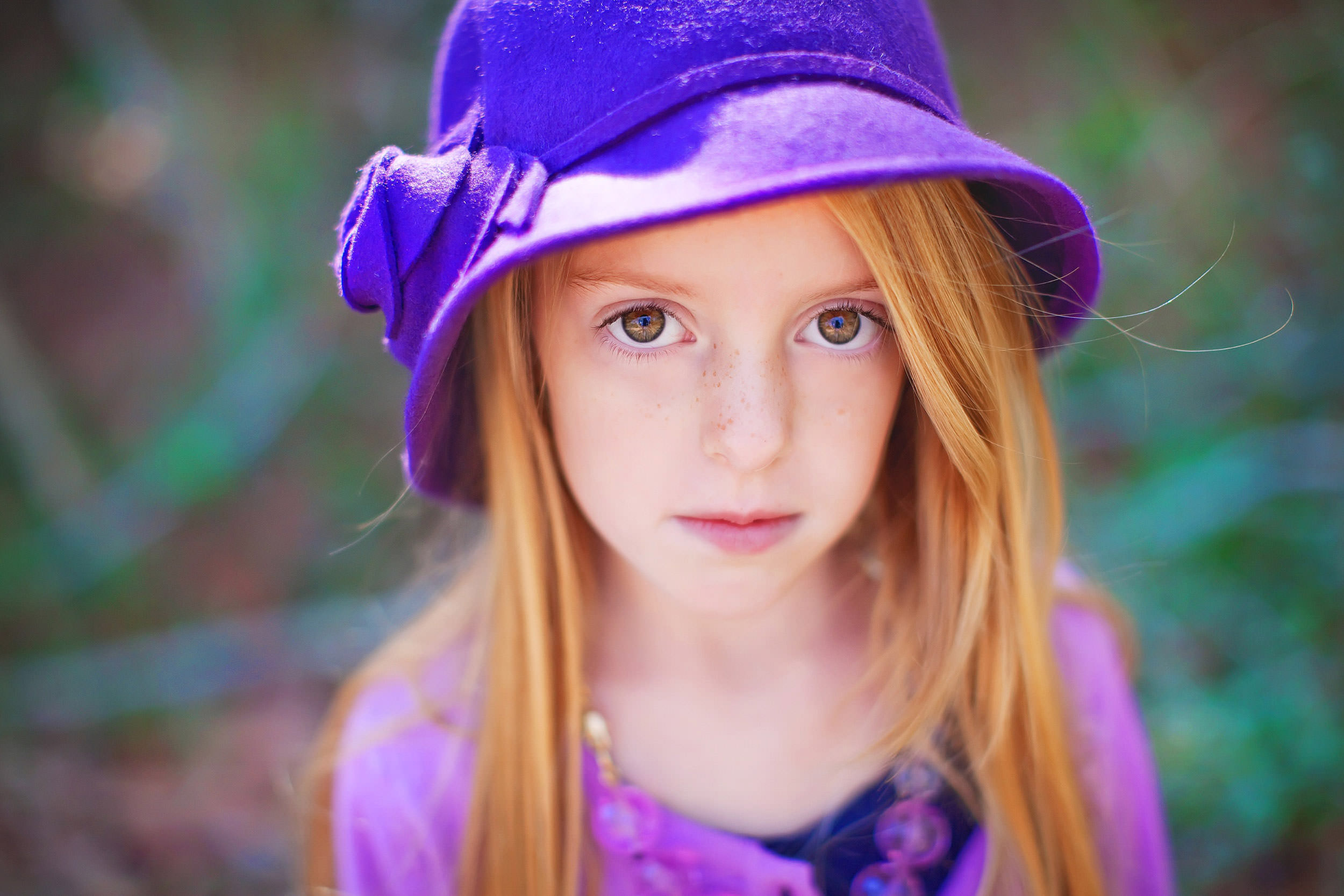 Beautiful close up portait of young girl by Houston Family Photographer spryART photography