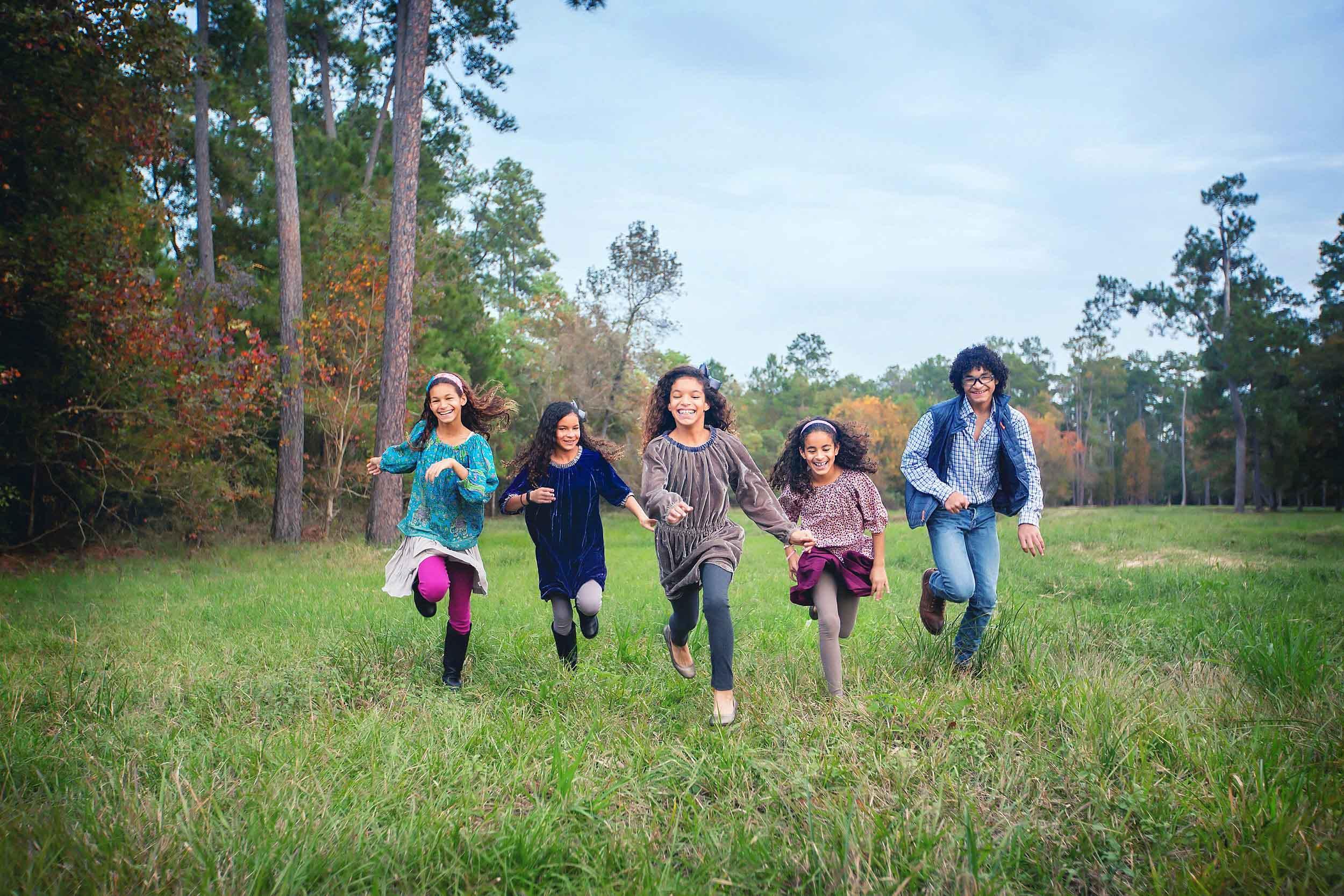 Kids lifestyle portrait by family photographer spryART photography