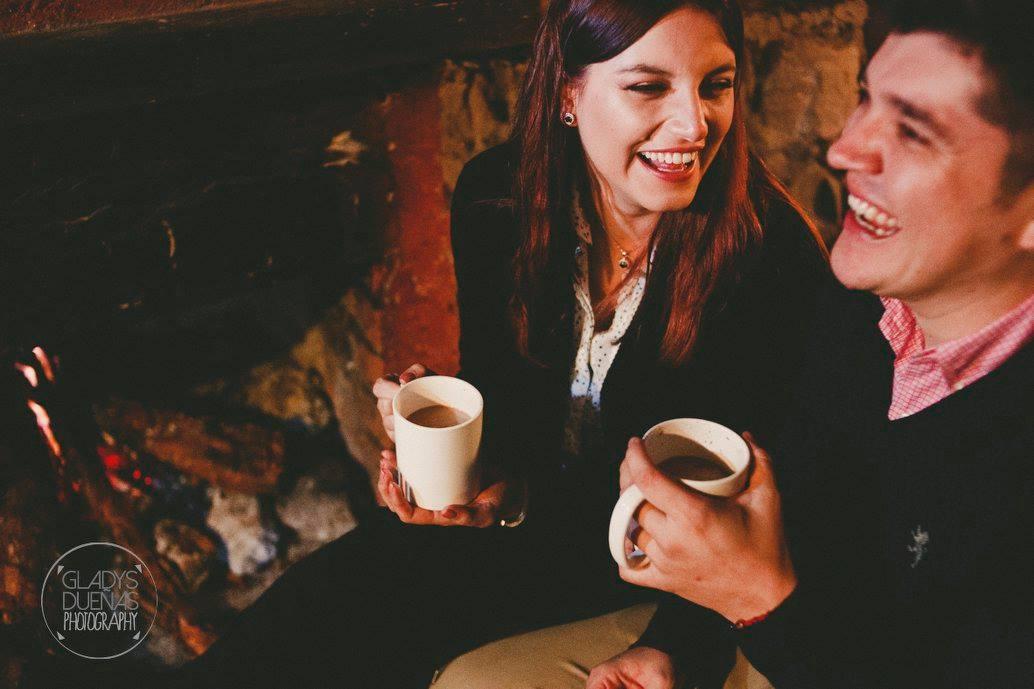 - Nos encantaría tomarnos un café contigo .(+593)984454589