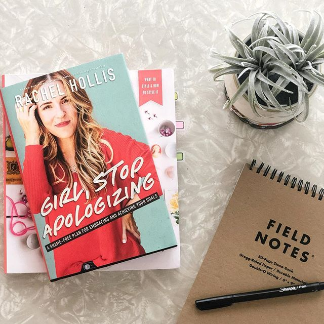 #GirlStopApologizing, @msrachelhollis boosts women up by reminding them that they are made for more and that their dreams matter 👏 This book shows you how to stand up for who you are and what you want out of life with passion, drive and hustle 💪 What are you currently reading? Let us know in the comments!👇 • • • #brittaniwillscreative #bossladies #currentlyreading