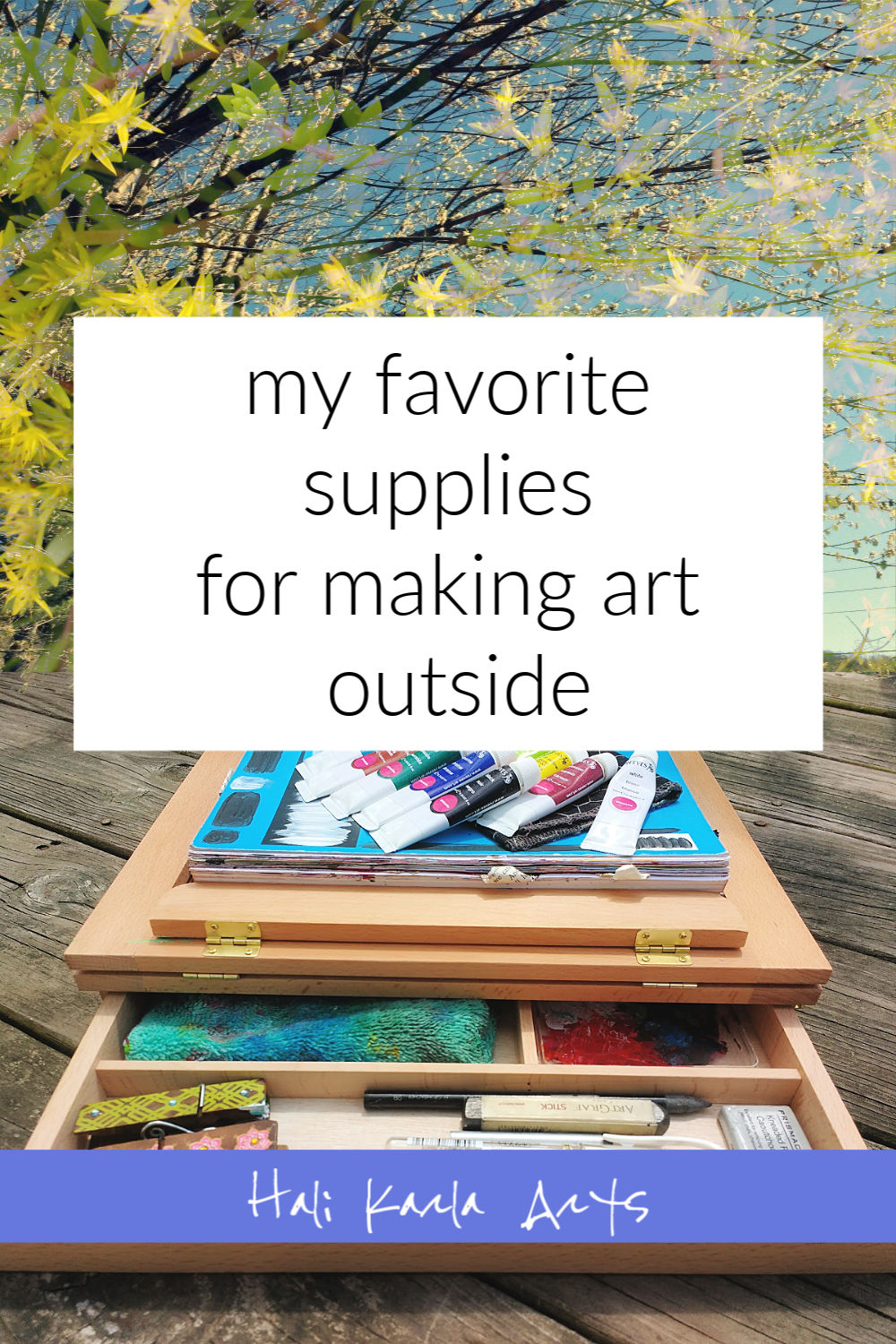 here are some of my favorite art supplies for taking my creative practice outside (Hali Karla Arts)