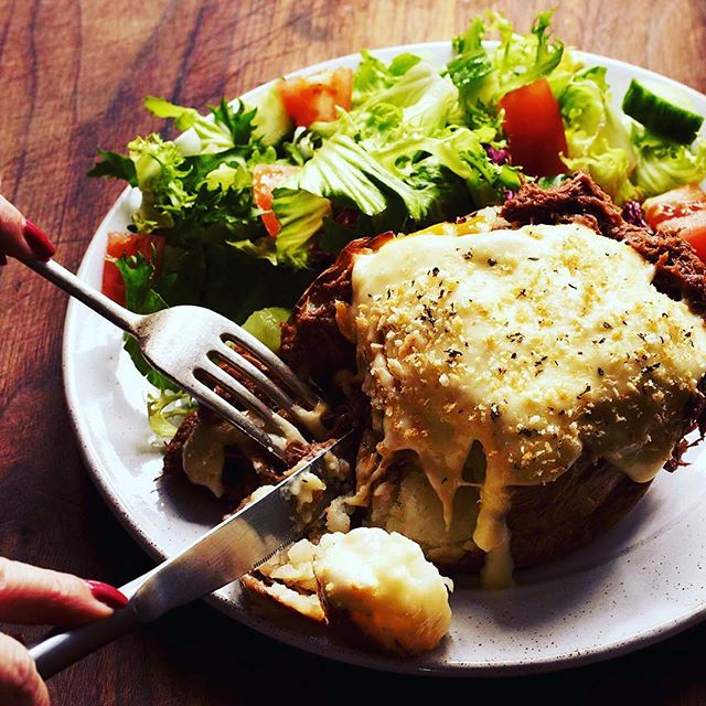 Potatoes don't get better than this. Warming up with our new Pulled BBQ Beef jacket topped with smoked cheddar, cheese sauce & a breadcrumb topping. Delicious.  #jacketpotato #lunch #food #bbqbeef #cheese #london #birmingham #restaurant #foodstagram