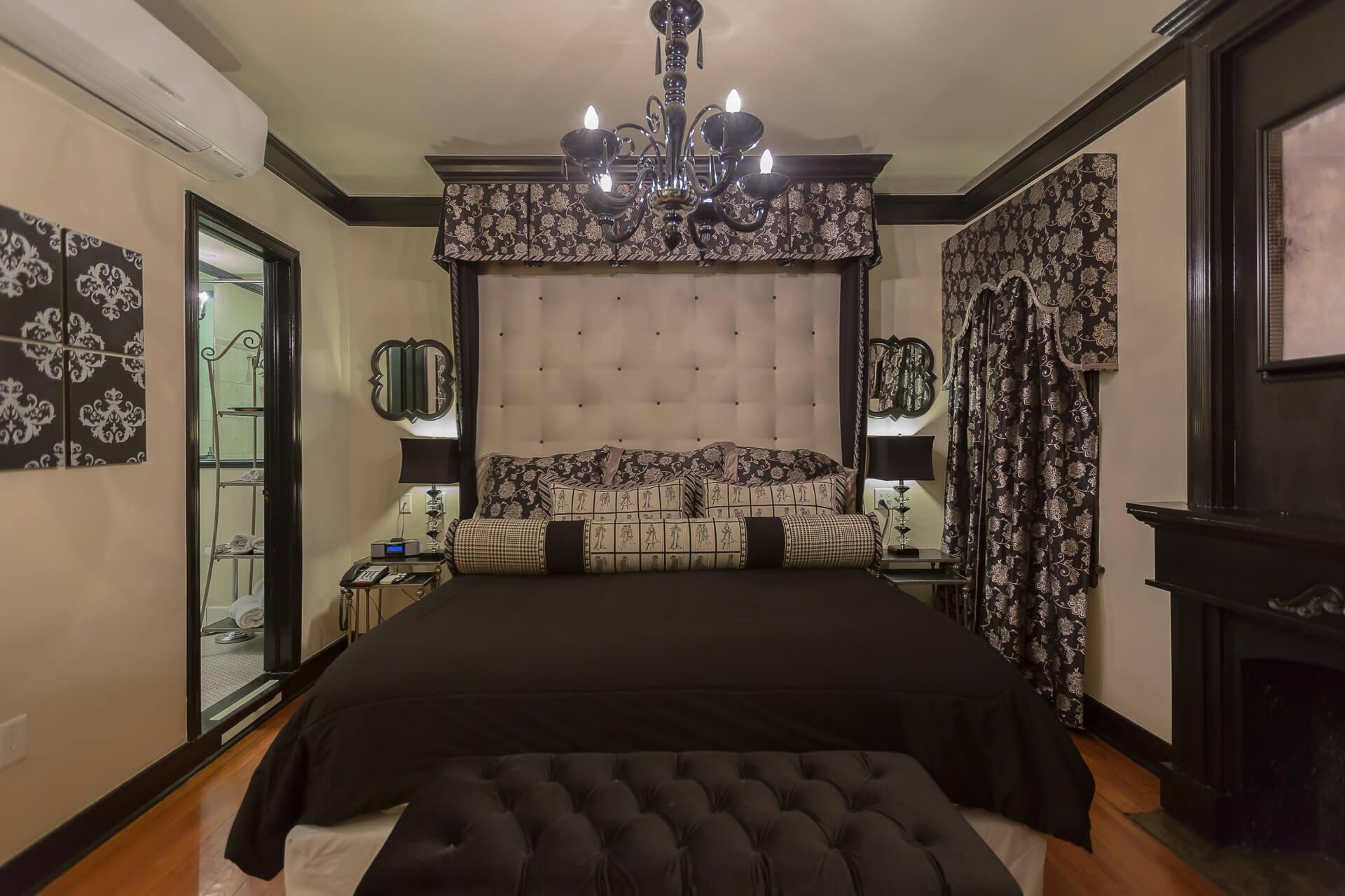 KING STANDARD ROOMS -