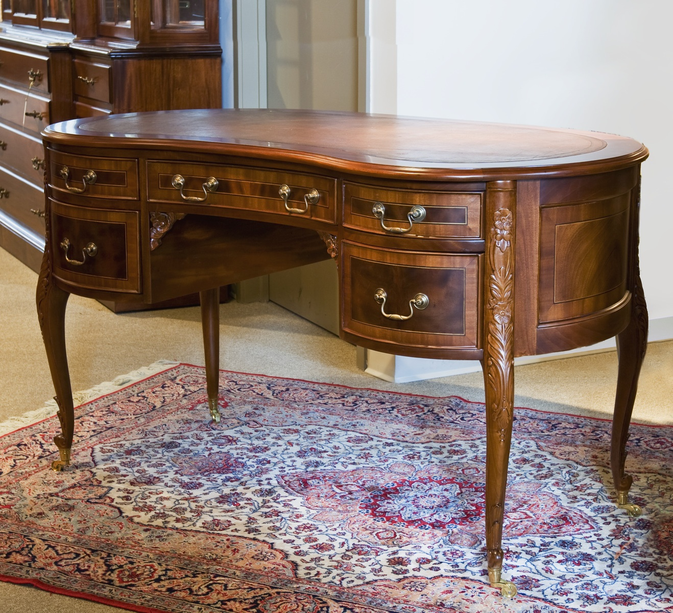 TA0018 - French Style Kidney Shape Desk