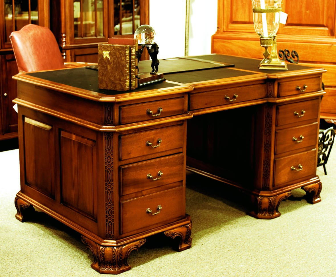 TA260C - Solidwood Chippendale Partnership Desk