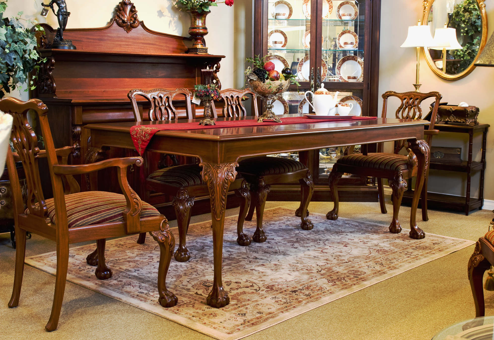 TA 2218 CHIPPENDALE DINING TABLE NO LEAF p.jpg