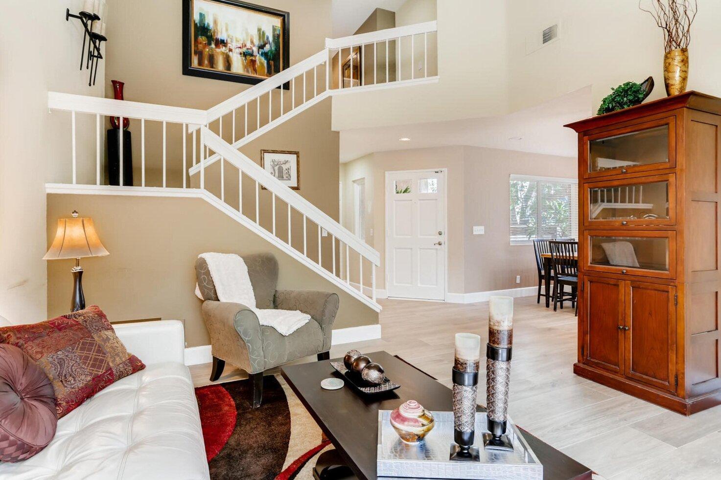 2+Firwood+Aliso+Viejo+CA+92656-large-004-030-Living+Room-1500x1000-72dpi.jpg
