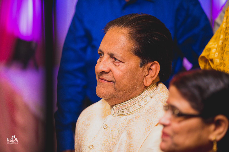 Best Wedding Photographer Vadodara_018.jpg