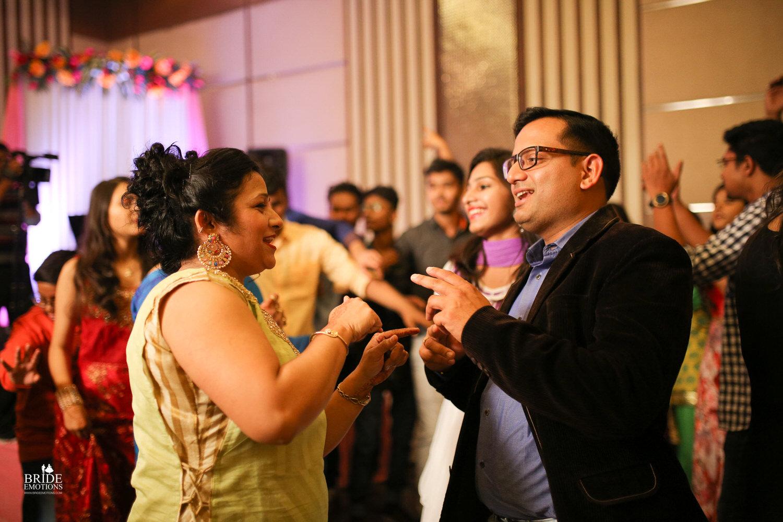 Best Wedding Photographer Vadodara_029.jpg