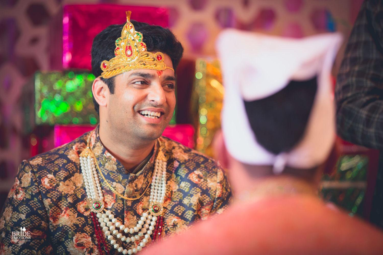 Best Wedding Photographer Vadodara_041.jpg