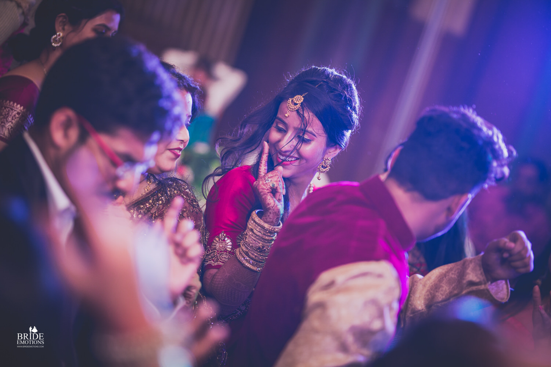 Best Wedding Photographer Vadodara_054.jpg
