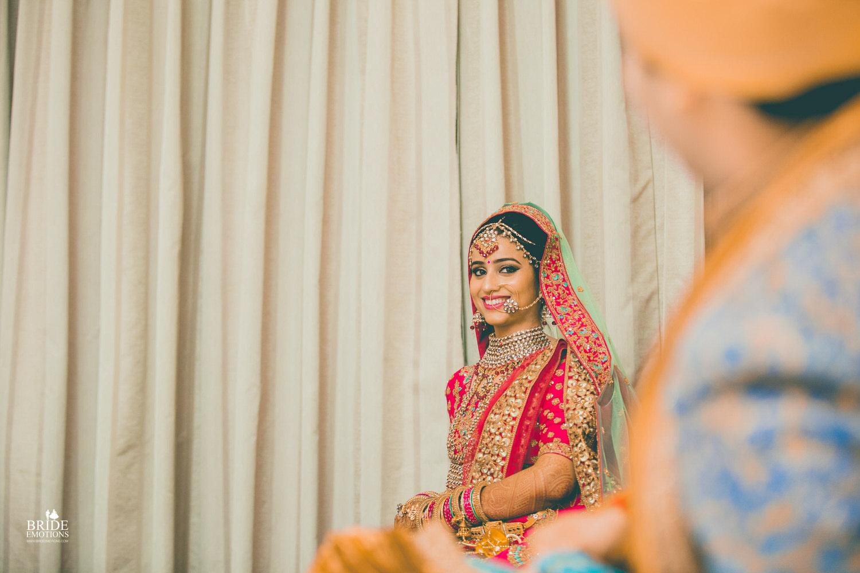Best Wedding Photographer Vadodara_060.jpg