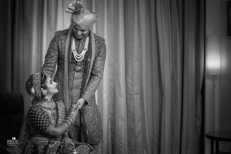 Best Wedding Photographer Vadodara_063.jpg