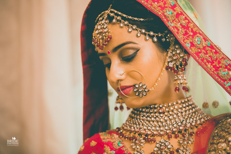 Best Wedding Photographer Vadodara_064.jpg