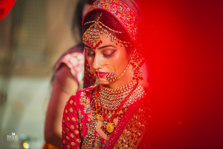 Best Wedding Photographer Vadodara_078.jpg