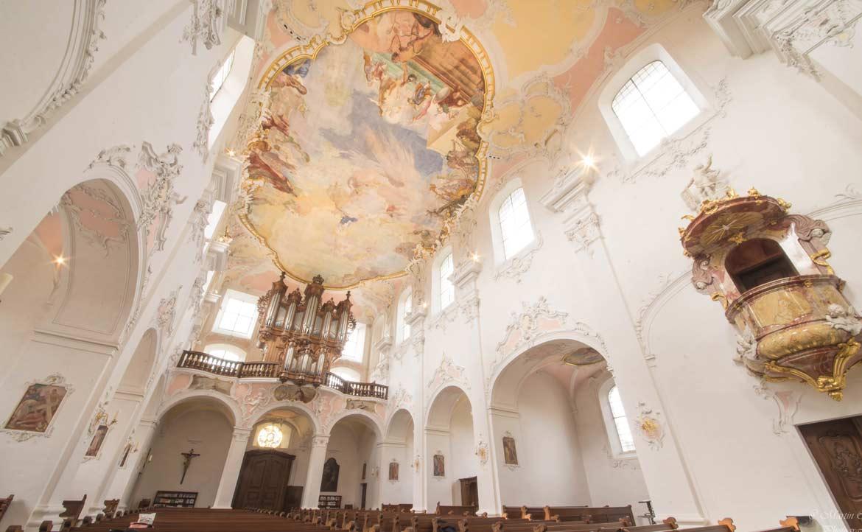 巴塞爾巴洛克式的大教堂。圖/Martin Chiang 提供