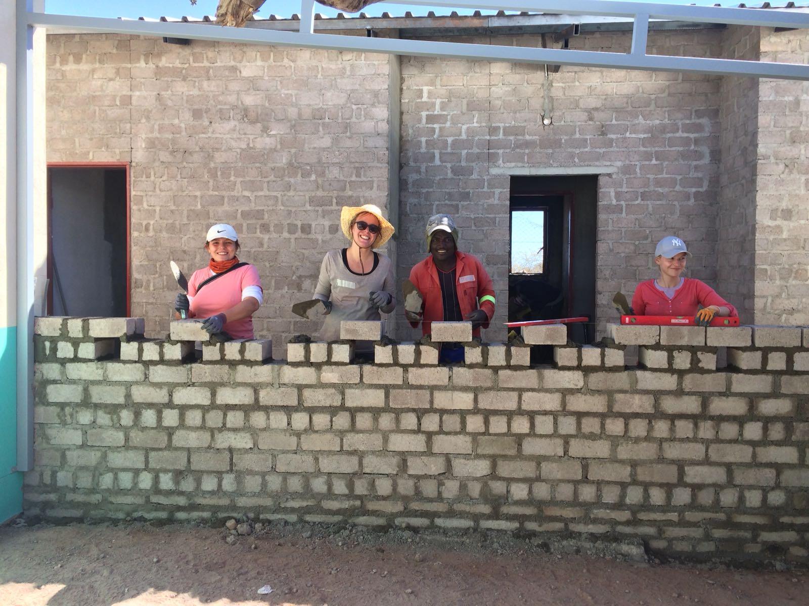 can woman build houses.jpg