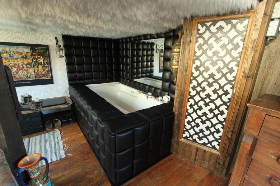 master-bedroom-10.jpg