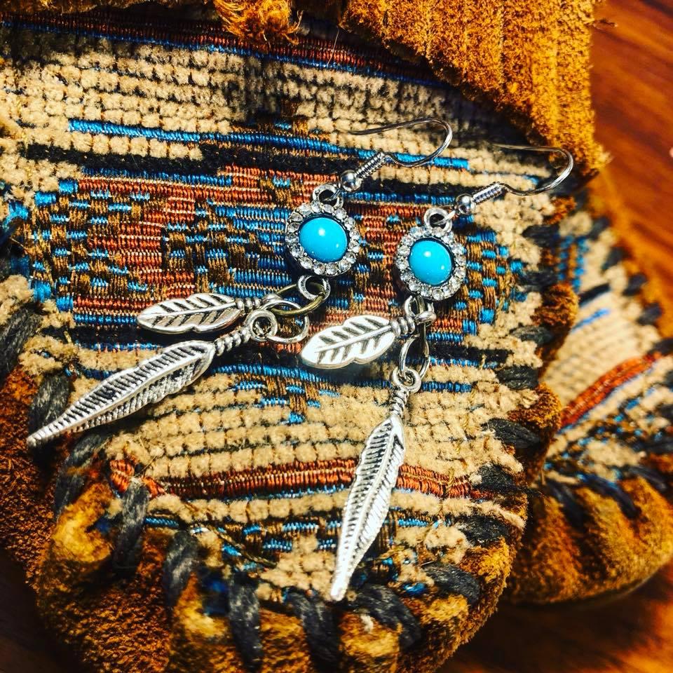 feather earrings.jpg