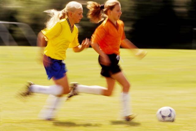Soccer girls-12 years old-smaller.jpg
