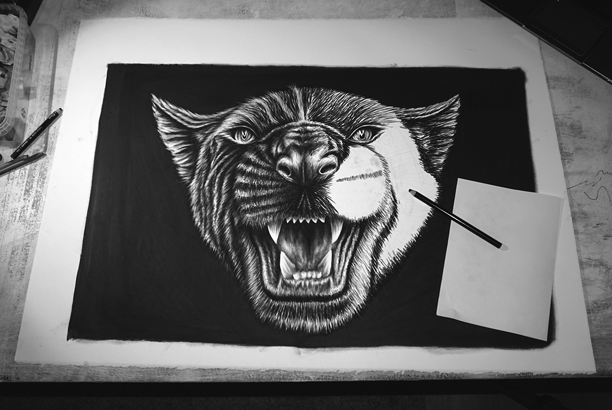 Black {C} - Curtius Liège - NOIR artist