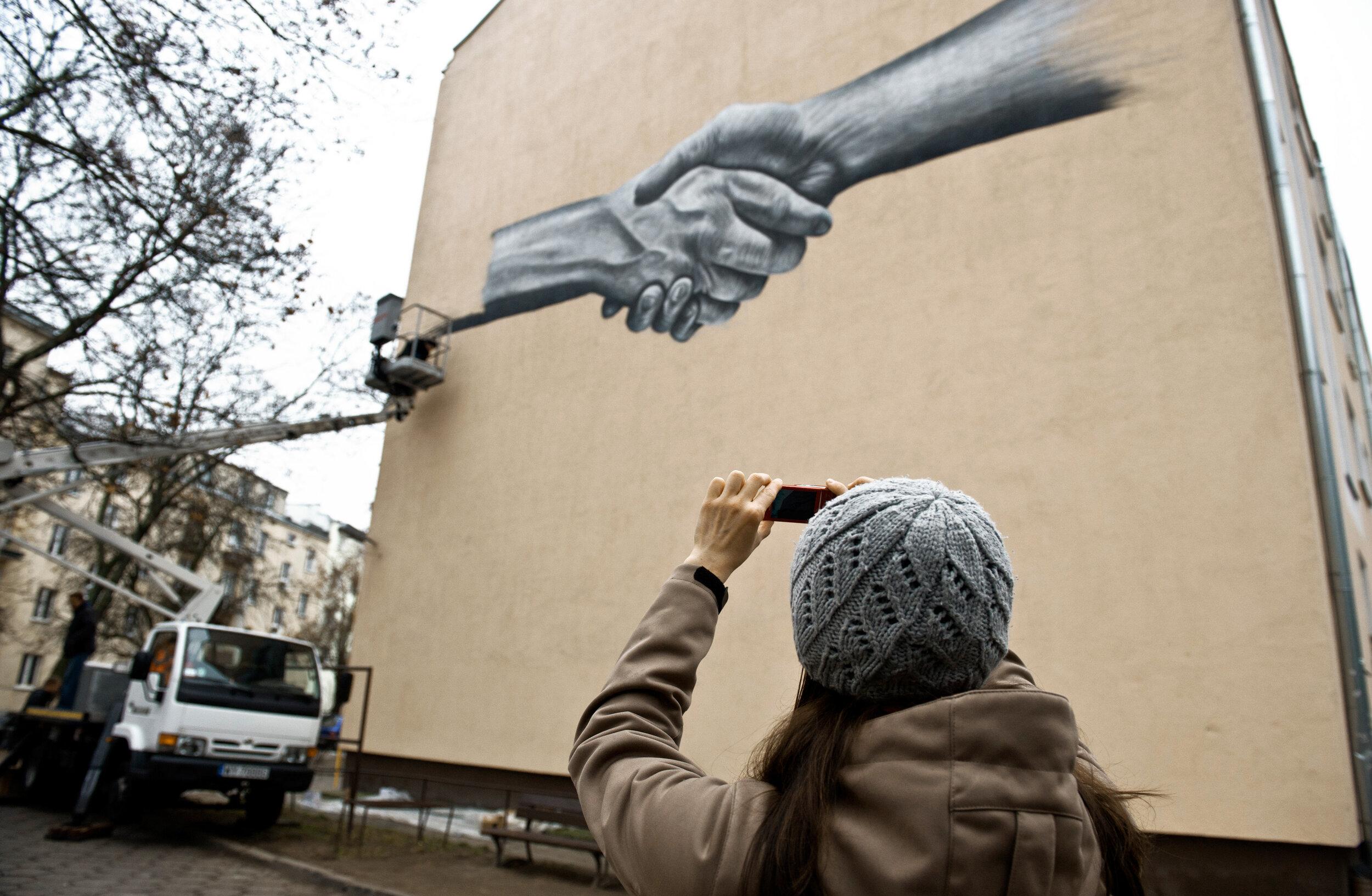 NOIR artist - Mural - Warsaw, Poland (5).jpg