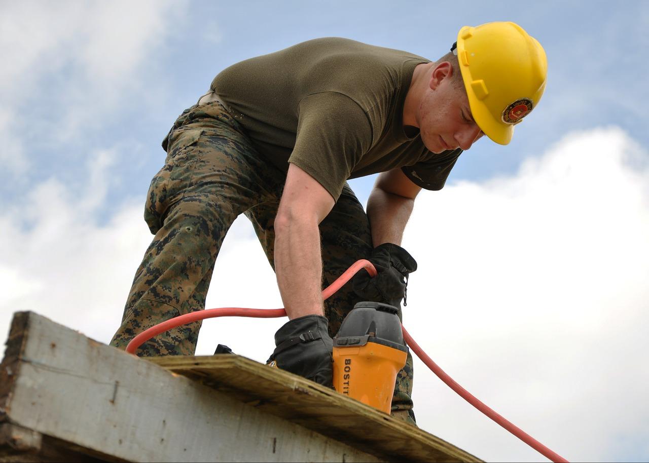 worker-635755_1280.jpg