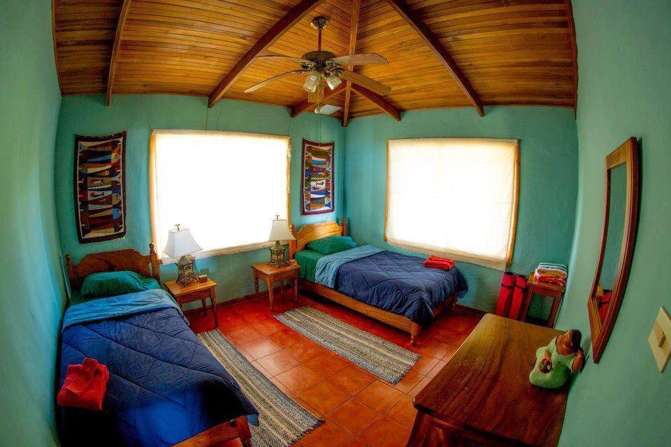 tres amigos - bedroom 3.jpeg