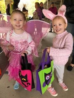 Halloween bunnies.jpg