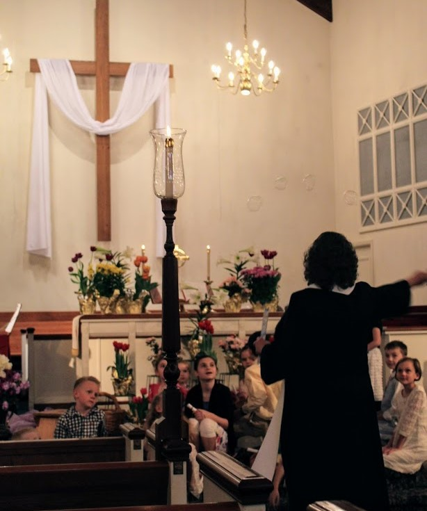 Easter bubbles in worship (2).JPG