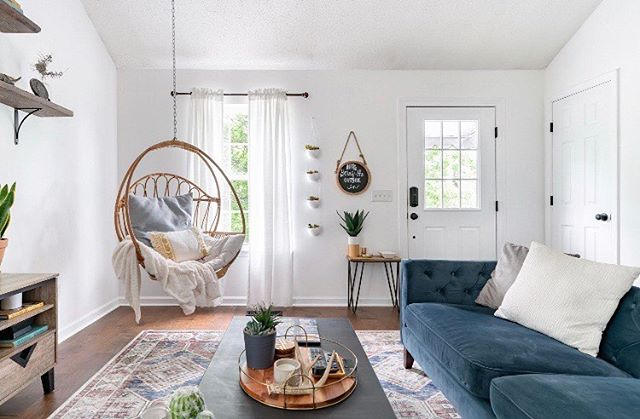 Oh hello, you gorgeous egg chair that we never tire of. 🤳🏻 What's the one piece of furniture in your home that you absolutely could not live without? We wanna know! 🏡 . . . #wildcatinterior #eggchair #hangingchair #wildcatcottage #heyhomehey #relaxing #homedecor #interiorstylists #interiordecorating #styled #apartmenttherapy #housetour #finditstyleit #interiorrewilding #interiordesign #design #interiorlovers #topstylefiles #interior123 #myhomeforhp #hgtv #magnoliahome #dreamhome #interiordecorators #nashville #airbnb #housebeautiful #staging #transformation #vacationhome