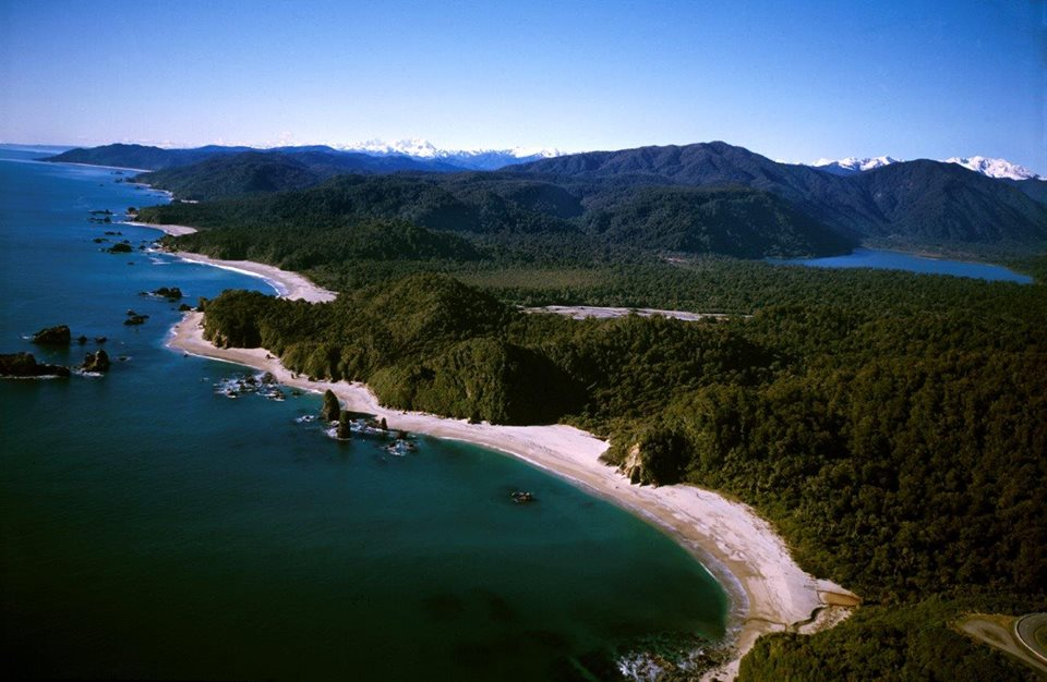South Westland coastline, Wilderness Lodge Lake Moeraki