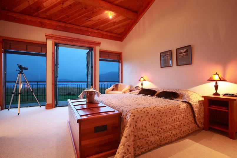Fiordland Lodge room.jpg