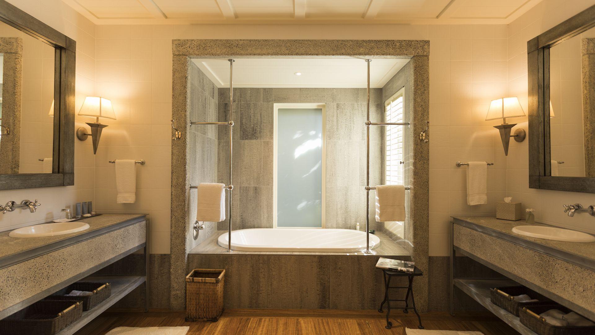 kauri-cliffs-bathroom.jpg
