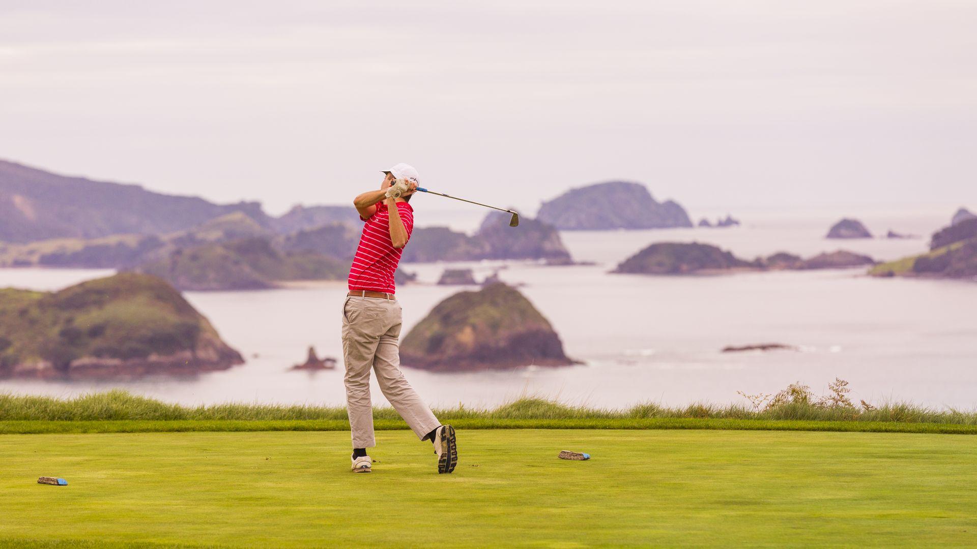 kauri-cliffs-golf2.jpg