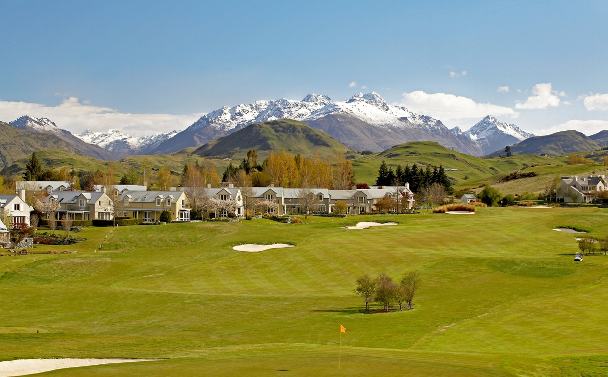 Stay and Play golf at Millbrook Resort