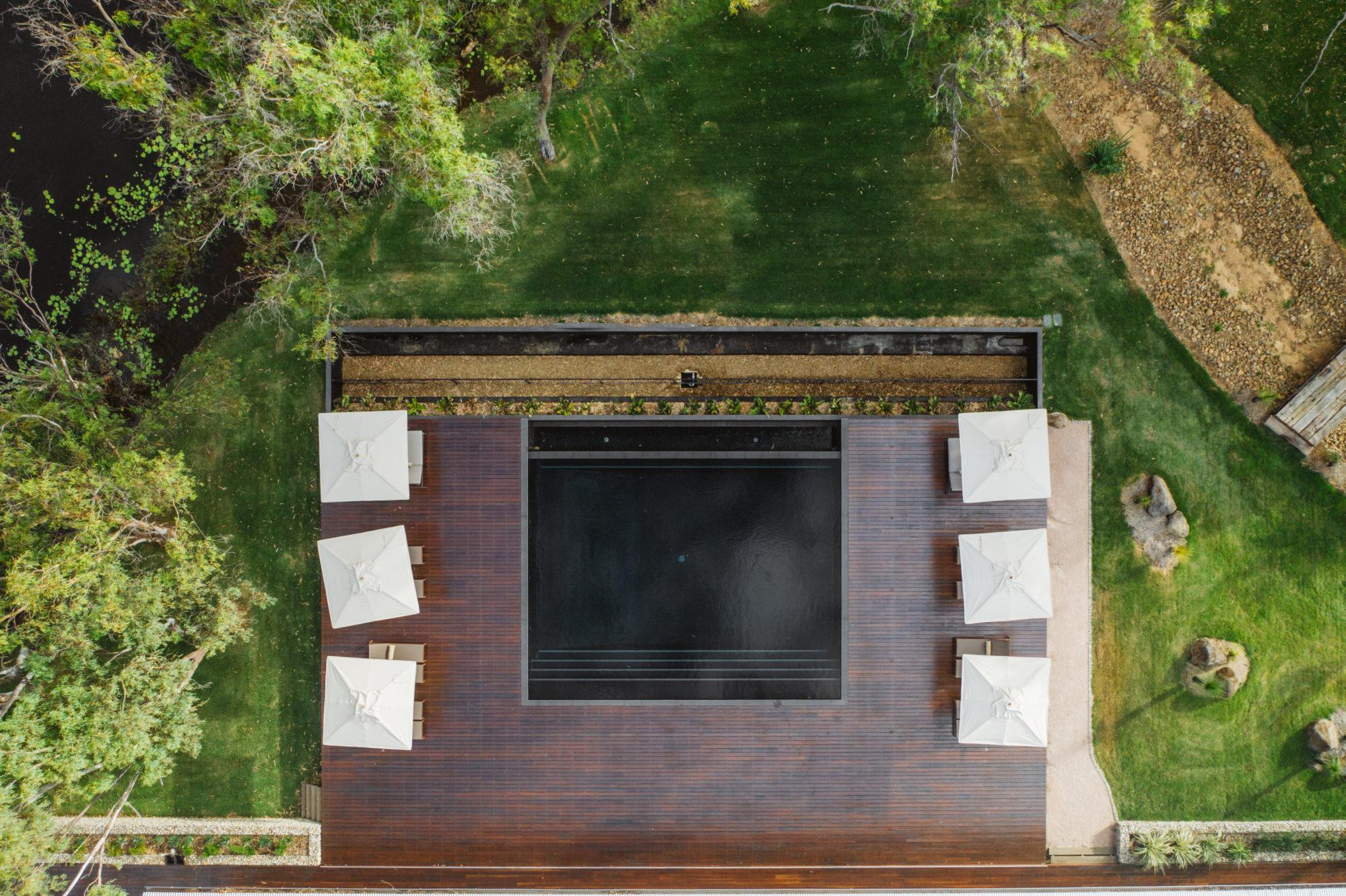 Mt Mulligan Lodge pool deck