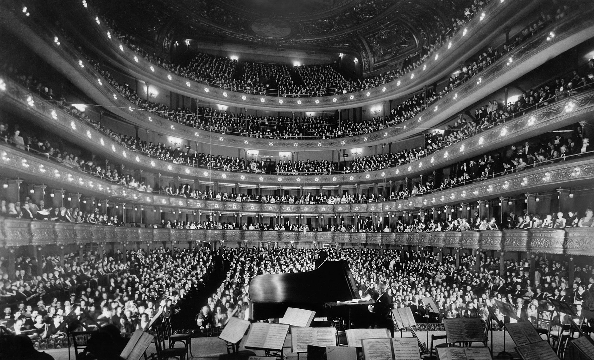 Short-Story-Opera-in-My-Head-Metropolitan-Opera-House-Josef-Hofmann.jpg