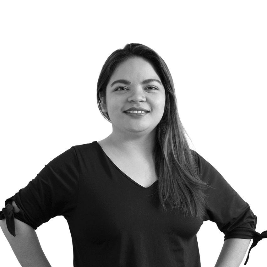 Mia Castor - Social Media Specialist / Hubspot Associate
