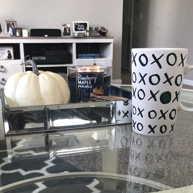 Happy first day of the best time of year #fall #falldecor #september #iknowitsnotofficiallyfall #idontcare #autumn #fallcandles #bathandbodyworkscandles