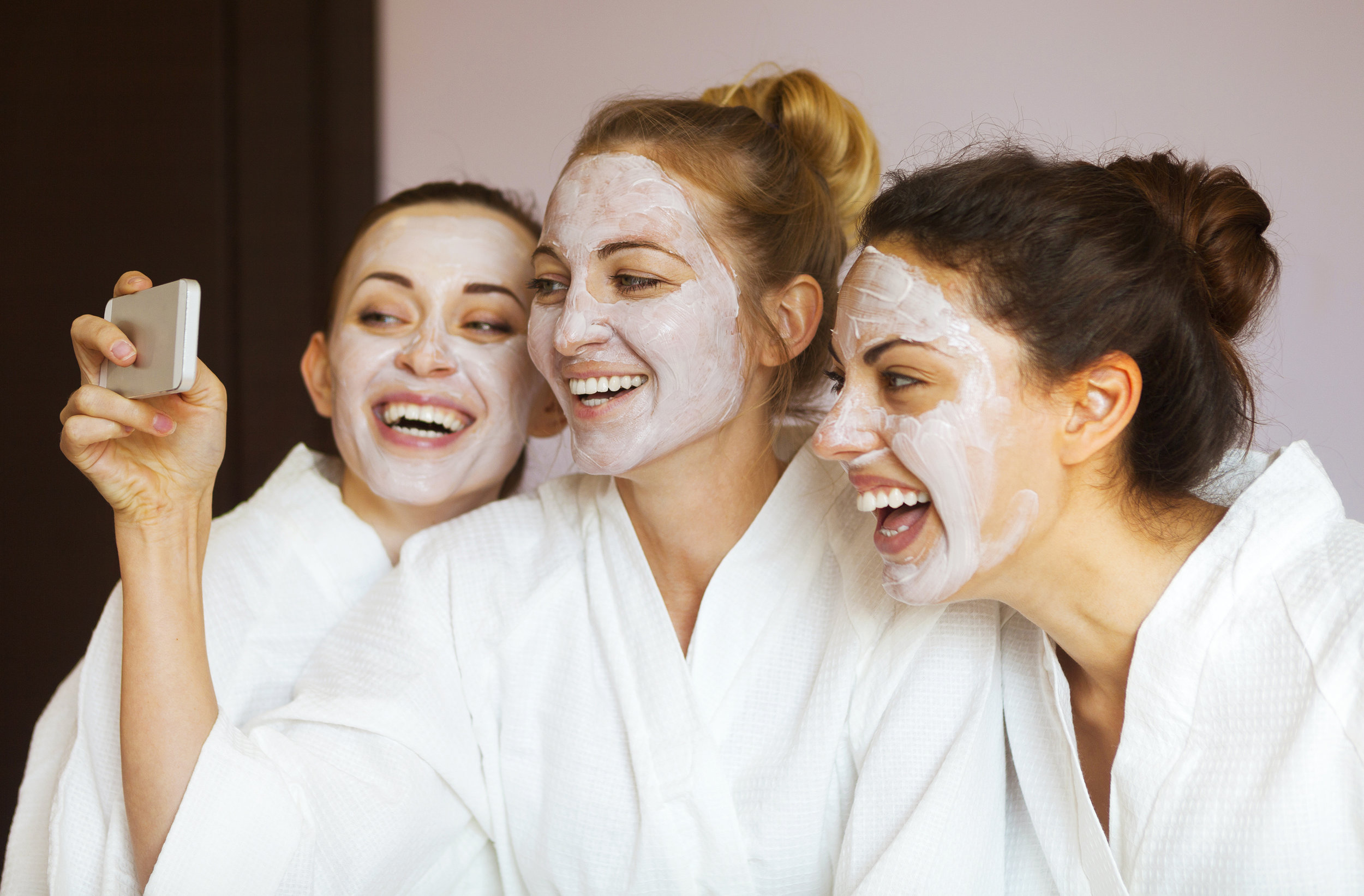 HOST A PARTY! - Looking for the way to celebrate that special occasion with your friends, family or co-workers? We've got you covered! Our Party is a gathering of 3 or more guests coordinating facial services together. Whether it's a special occasion or