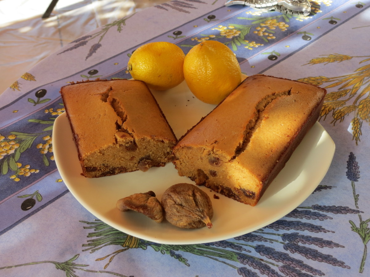 Fig & Lemon Cake -