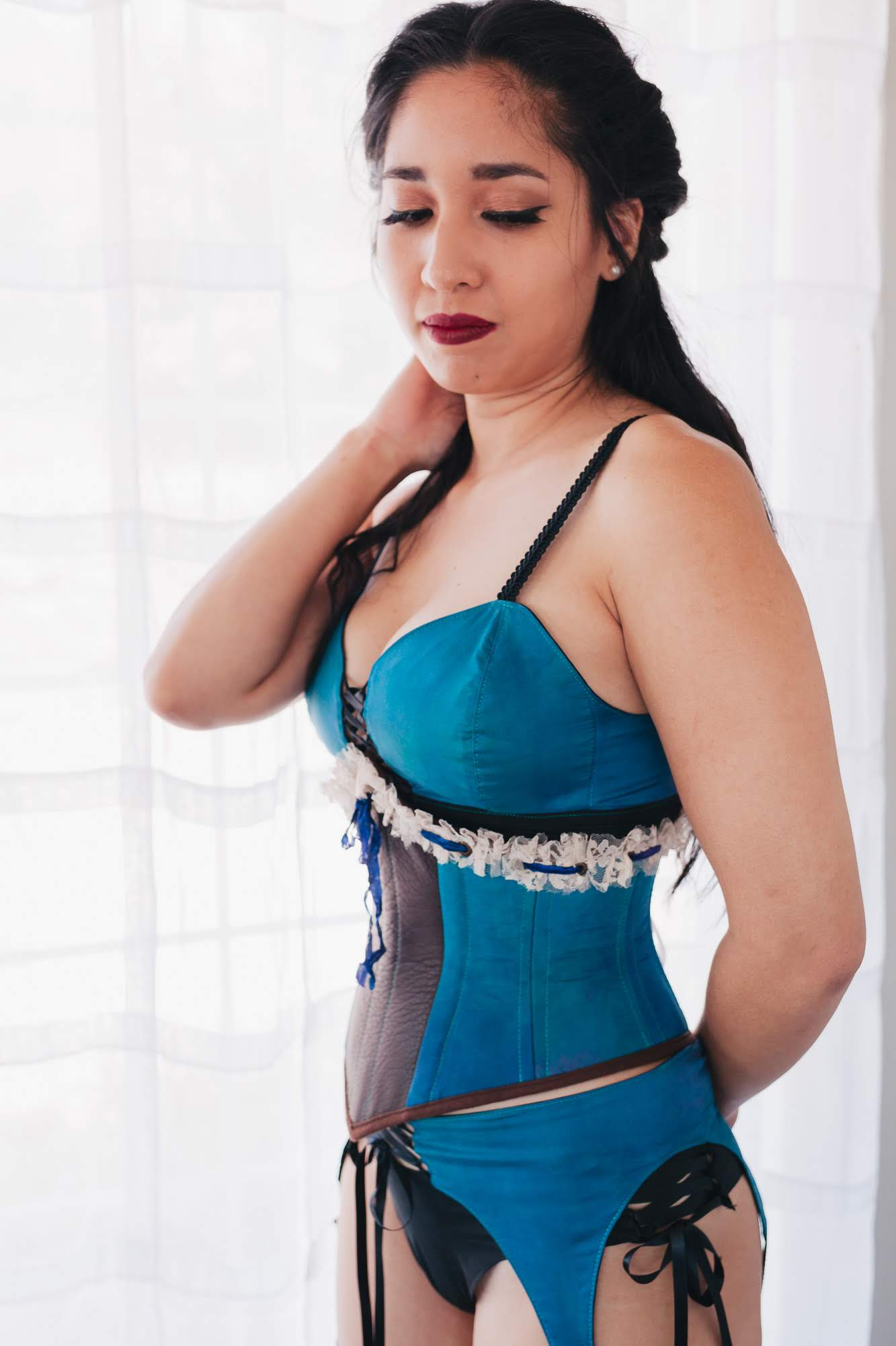 teal-silk-leather-and-lace-corset.jpg