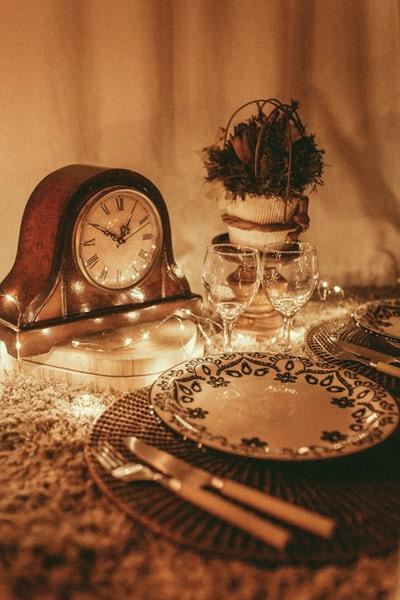 clock and food.jpeg