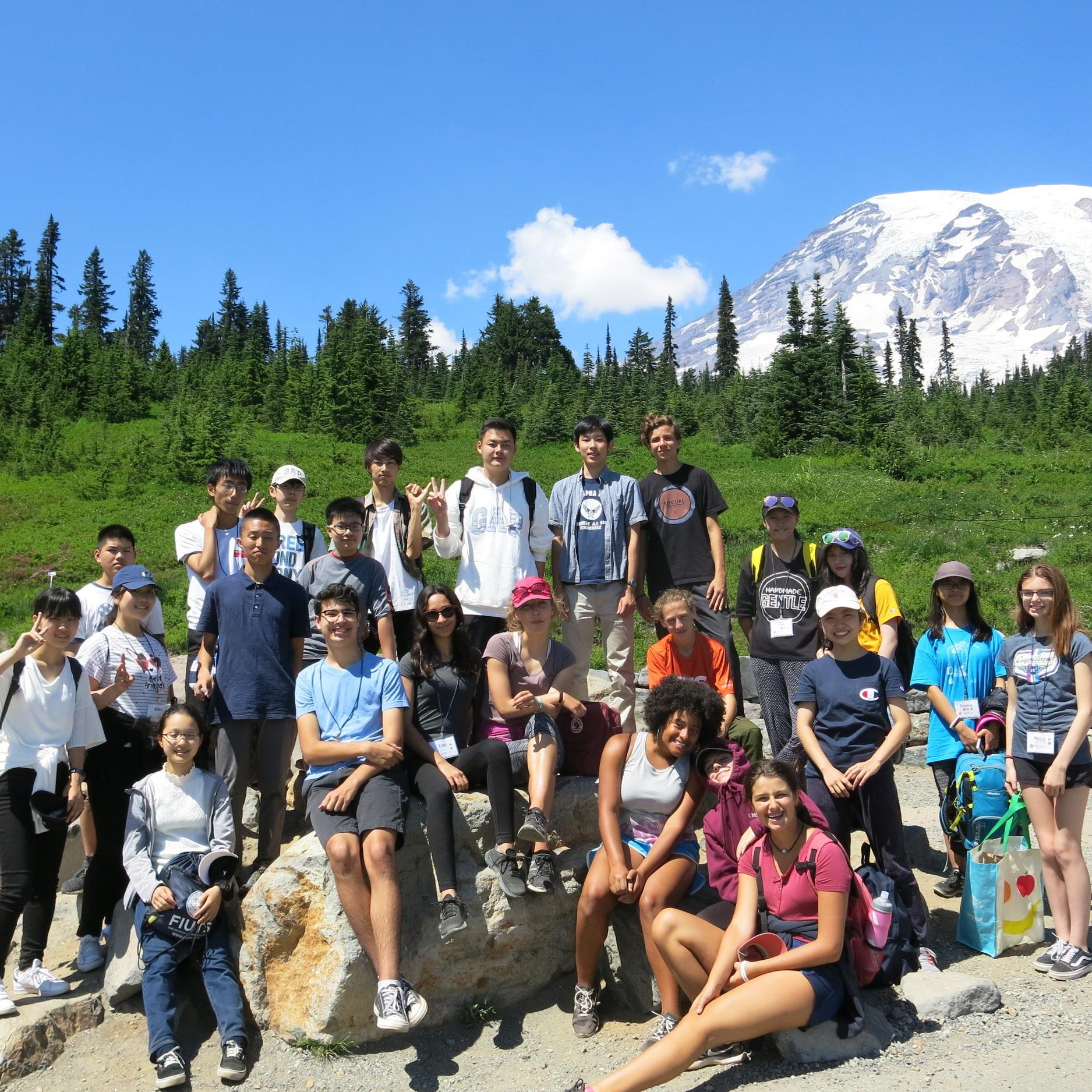 Whole+group+Mt+Rainier.jpg