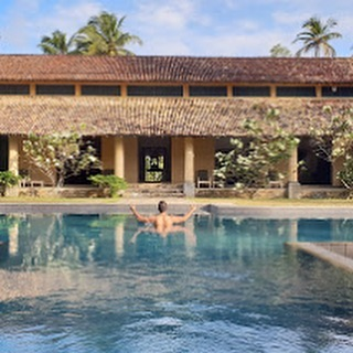 YOGA RETREAT Feb 2020 🕊10% discount if you book by the end of September. Exploring the Koshas over 7 days, 2 x daily yoga & meditation classes in a luxury home near the southern shores of Sri Lanka... the true meaning of retreat 🙏🏼
